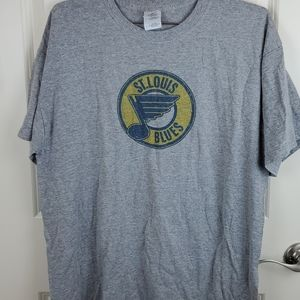 Graphic tee size L